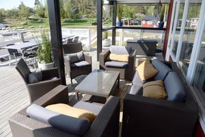 Terrassens nya loungemöbler.