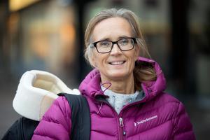 Pernilla Henriksson har gjort en liknande operation som dottern, men i USA.