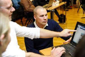 Mikael Olsson har en synpunkt att delge chefredaktör Jimmie Näslund.