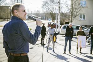 Vi behöver färg, verktyg och skyltar till spår och leder, säger Kalle Söråker på Vallsta SK.