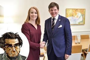 Centerpartiets partiledare Annie Lööf och talmannen Andreas Norlén (M) ses för att diskutera hur en ny svensk regering ska se ut. Men gör politiken oss egentligen något gott? Foto: Henrik Montgomery / TT