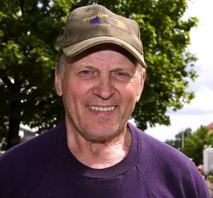 Tore Åhs, 76, pensionär, Borlänge – Jag har inte varit hit på festivalen, men visst är det bra med någon fest ibland. Om jag är nyfiken? Nej, jag är för ung för att gå på festival.