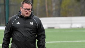 IFK Mora-tränaren Ben Smith var besviken efter 1–0-förlusten borta mot Skiljebo.