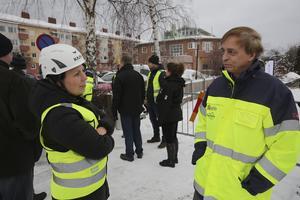 Helena Blom, vice vd vid Byggpartner Dalarna, och Ulf Rosenqvist, vd Ludvikahem, ser fram emot att få starta bygget. Men ännu är det en öppen fråga när bygglovet beviljas och om och när det vinner laga kraft.