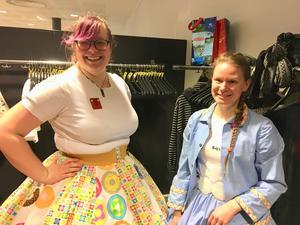 Ida Hammarlund och Sabine Karmsjö Stobin har länge dansat squaredance och på så sätt fått vänner från hela världen.