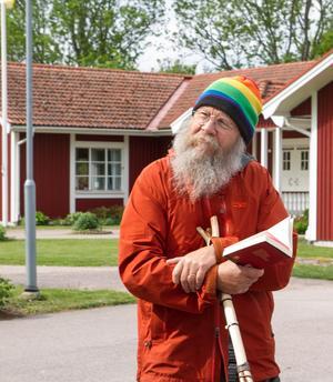 """Svante Eriksson läste bland annat upp Birgittas bön innan vandringen: """"Herre, visa mig Din väg och gör mig villig att vandra den."""" – Birgitta av Vadstena."""
