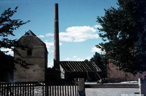 1950-talet. Örebro Bryggeri AB:s hus håller på att rivas.  Fotograf: Karl Andersson. (Bildkälla: Örebro stadsarkiv)
