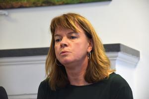 Krokom har stora utmaningar, som ett underskott runt 20 miljoner, och enligt Karin Jonsson innebär det att uppdraget blir både utmanande och jättespännande.