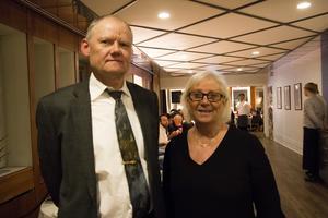 Kommunchef Bengt Friberg och kommunfullmäktiges ordförande Siw Karlsson (S), hälsade välkomna.