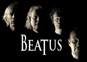 BeatUs show brukar ta sin början med anekdoter om hur Paul McCartney och John Lennon träffades och tas därifrån. Gruppen har omkring 300 låtar att välja på ur Beatles-katalogen. Än så länge har de valt bort de spår som har klaviatur och stråkar. Då skulle de behöva ta in en medlem till. Men enbart med klassisk rocksättning kan de köra låtar från hela Beatles karriär.