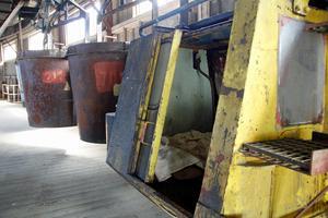 Några av korgarna finns kvar på Malmbergastationen, liksom den trånga lilla servicevagn som användes som inspektörer och reparatörer åkte i på linbanan.