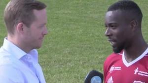 Yvan Boyokino intervjuades av Sportens reporter efter derbykrossen på Onsjövallen.