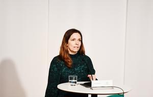 Sara Byfors, enhetschef, Folkhälsomyndigheten under tisdagens myndighetsgemensamma pressträff om coronapandemiläget.