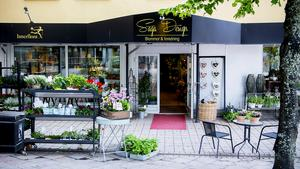 Saga Design i Härnösand har fått sitt nummer kapat av bedragare.
