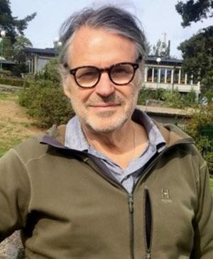 Jan Bergstam, Rovdjursföreningens ordförande, kritiserar att Karl Hedin är inbjuden som föreläsare innan åtalet om grovt jaktbrott är avgjort. Foto: Privat