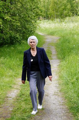 Vandringen på Klampenborg väcker många gamla minnen till liv för Maj-Lis Edholm som flyttade från sågverkssamhället 1936.