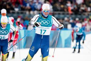 Calle Halfvarsson innan han bröt skiathlon. Foto: Carl Sandin/Bildbyrån