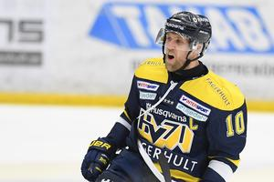 Han har inte spelat någon match den här säsongen men nu gör Martin Thörnberg comeback för sitt HV71.