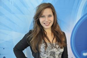 Idol-besök. Även Molly Pettersson Hammar är lördagsgäst.