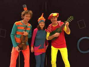 Bo Lindell, Lena Lindell och Hans Qviström i föreställning