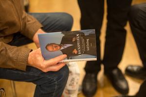 """Den förre Scania-vd:n har gett ut boken """"I backspegeln – Min tid i Scania, Volkswagen och Wallenbergsfären""""."""