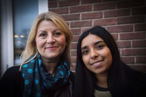 Malin Uhlan och Jennika Mattisson arbetar som lärare i språkintroduktionsklassen.