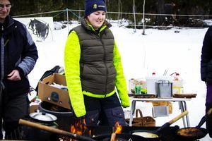 Ida Eriksson grillade kôlbullar för fulla muggar.