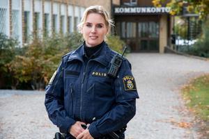 Kommunpolisen Petronella Hjertqvist tycker att sociala insatsgrupper behövs i Fagersta.