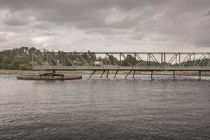 Lindholmens reningsverk vill bland annat bygga två nya mellansedimenteringsbassänger för att kunna rena avloppsvattnet.