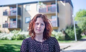 Rejn Karlgren, MP, anser att tiggeriförbud är att sopa ett problem under mattan.