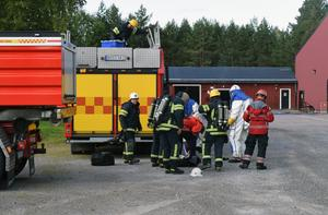 I slutet av augusti larmades räddningstjänsten till ett utsläpp av ammoniak vid sporthallen.