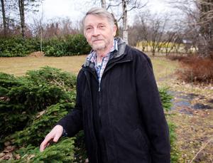 Kenneth hoppas kunna fortsätta föreläsa, och kanske få en del privata trädgårdsuppdrag.