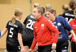 Andreas Olsson är tränare för Avesta Brovallen i division 3.