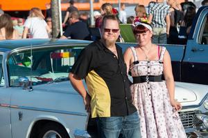 Christer och Linnéa Lundberg var två av besökarna på burn outen på Hälla.Foto: Rex Addo
