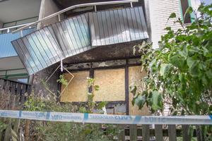 Två lägenheter har evakuerats efter tordagsmorgonens brand på Björn Barkmans väg i Ösmo.