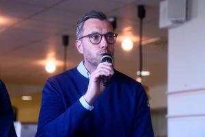 Johan Hult meddelade att han har gjort klart med nyförvärv som inte har presenterats än.