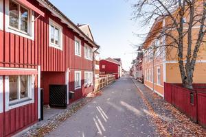 Familjeidyll i Östanfors kulturkvarter. Med 4 887 klick hamnade objektet på tredje plats. Foto: Svensk Fastighetsförmedling