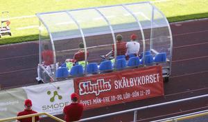 Hudiksvalls FF kom till spel med bara två avbytare.