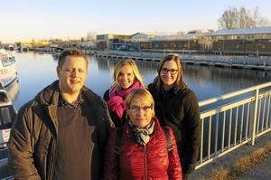 Calle Holmström, trafikplanerare, Elin Byström,               projektledare, Margaretha Wedin, kommunalråd och Mirja Törnquist, miljöutredare, är några av dem som arbetar med planerna för den framtida utformningen av Norra Brynäs. Nu vill de ta del av allmänhetens synpunkter.