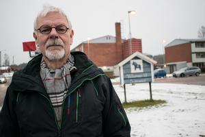 18 november. I protest mot sänkt driftbidrag från kommunen beslutade ordföranden Pär Mattsson och övriga i styrelsen att lägga ner Sunnansjö vägförening. Från och med årsskiftet är det oklart vem som ska ta hand om snöröjningen och underhållet av vägarna i samhället.