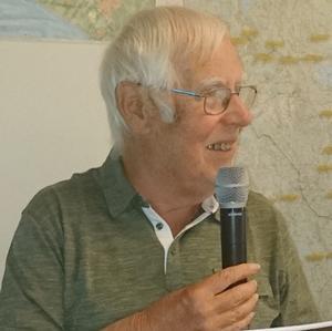 Karl-Gustav Brygg berättade om Frösöns historia. Foto: Lars Fahlgren