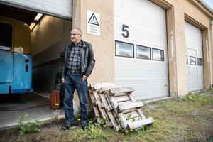 Nästan varje måndag tillbringar han några timmar på föreningen Primus Motor i Sund.