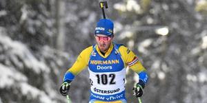 Fredrik Lindström får inte chansen i herrarnas distanslopp.