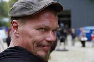 – Om fyra år ska detta vara en festival, lovar smeden Fredrik Thelin.