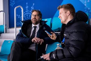 När Mittmedia träffar Peter Forsberg är han på glatt humör inför ännu en OS-sändning. Foto: Petter Arvidson.