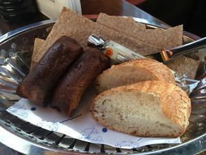 Smör och bröd smakar fint.
