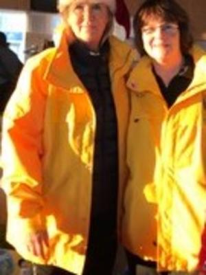 Två av de som deltog från Sollefteå Lions club Nipsippan Ingrid Otterström Barbro Sahlén.  Bilden tagits tidigare.