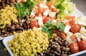Ät mer grönsaker och åk mer kommunalt, uppmanar insändarskribenten.