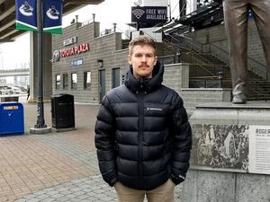 ÖA-sportens och Hockeypuls utsände i Vancouver.