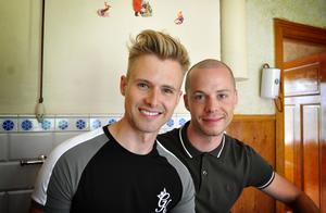 Daniel Österhof och Michael Westlund, alias byggbögarna.